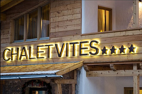 4 stars B&Bs in Canazei (****) Canazei: Chalet Vites Mountain Hotel
